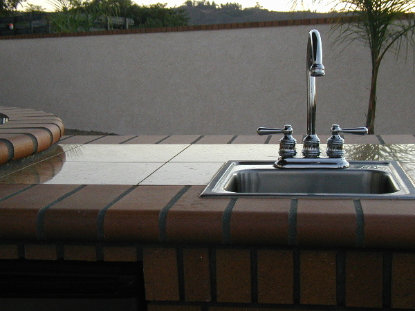 Sink with hot and cold water