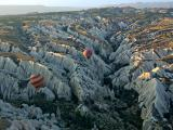 Early morning ballooning by HenkH