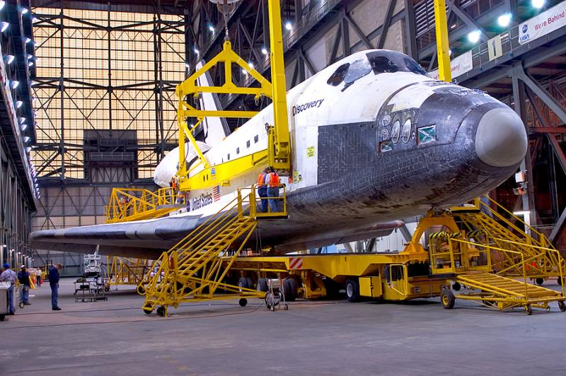 Discovery being prepared for mating