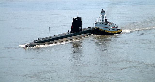 USS-Razorback6.jpg