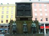 Sailors Monument in Bergen