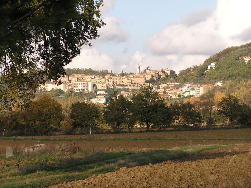 Nearby town of Serre de Rapolano