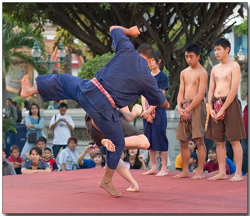 Martial arts - Wat Arun, Bangkok