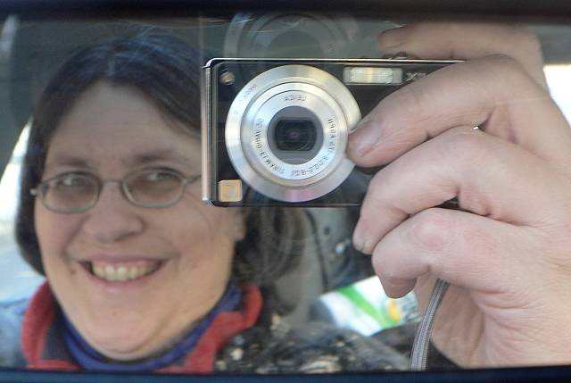 self portrait with Fx 7 March 5 2005 p.jpg
