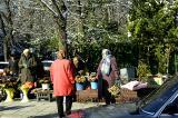 babushka flower sellers
