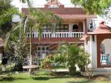 Cottage Deluxe at swimming pool