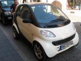 SMART - CUTE LITTLE CAR