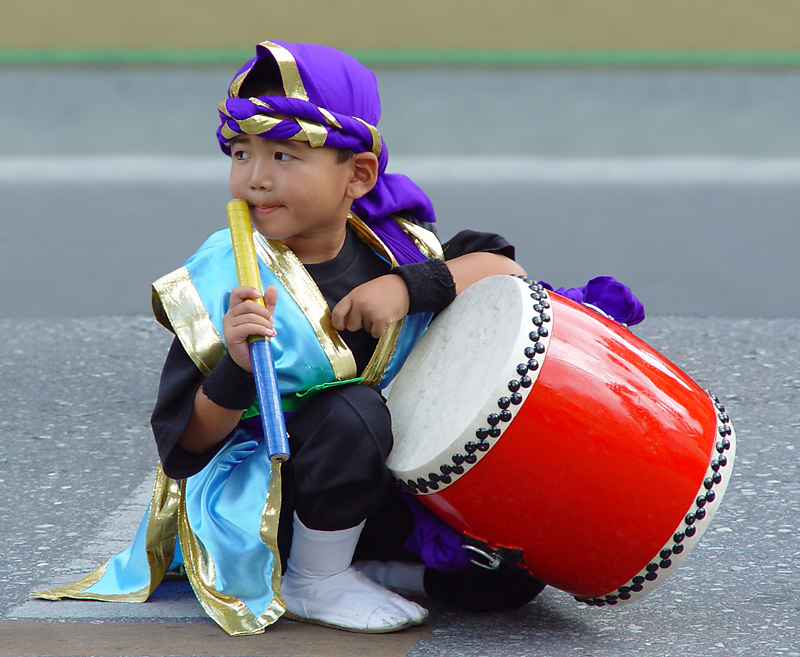 <b>1st Place Winner</b><br><p align=center><b> Little Drummer Boy </b> <br> <font size=1> by Helen Betts</font></p>