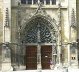06 Saint-Rémi - South Transept Doorway 87000403.jpg