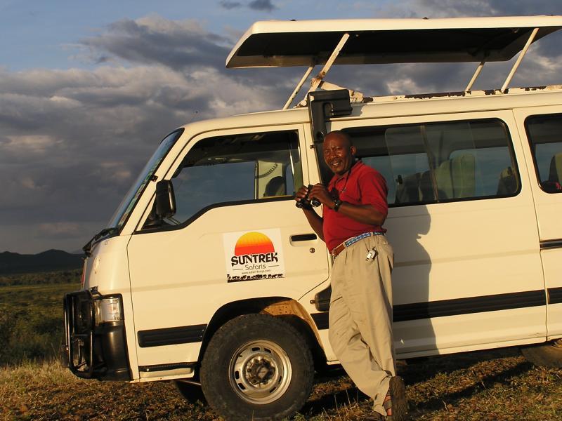 Safari Guide Duncan.JPG