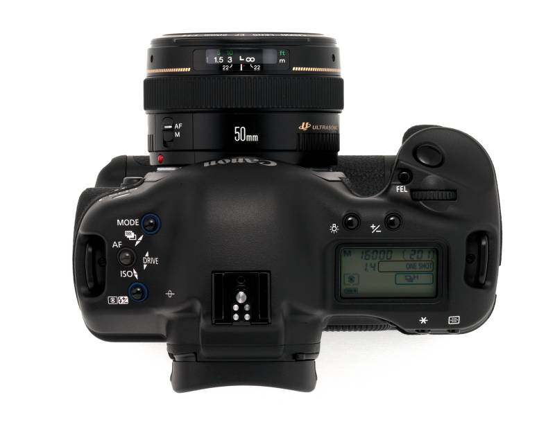 eos-1d top shot.jpg