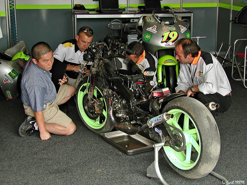 Olivier Jacquess bike after crash