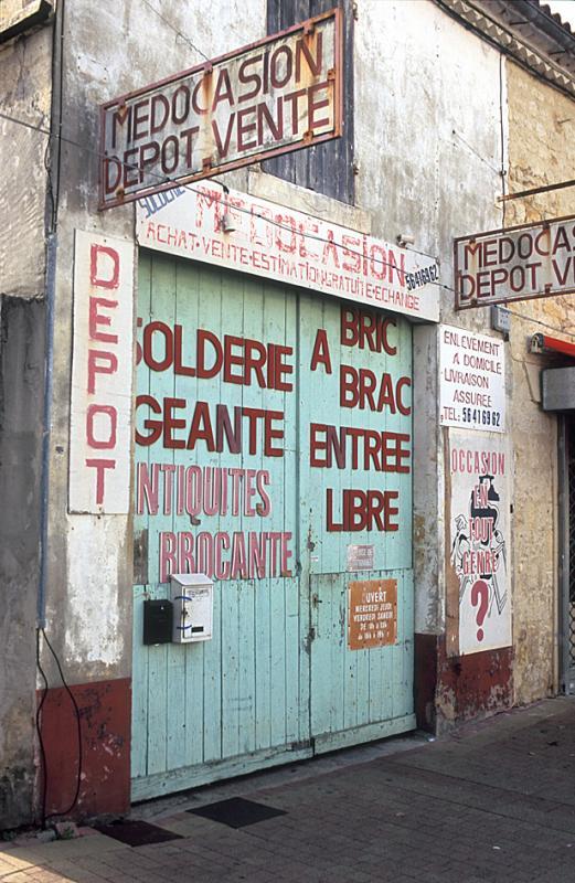 Shop in Lesparre
