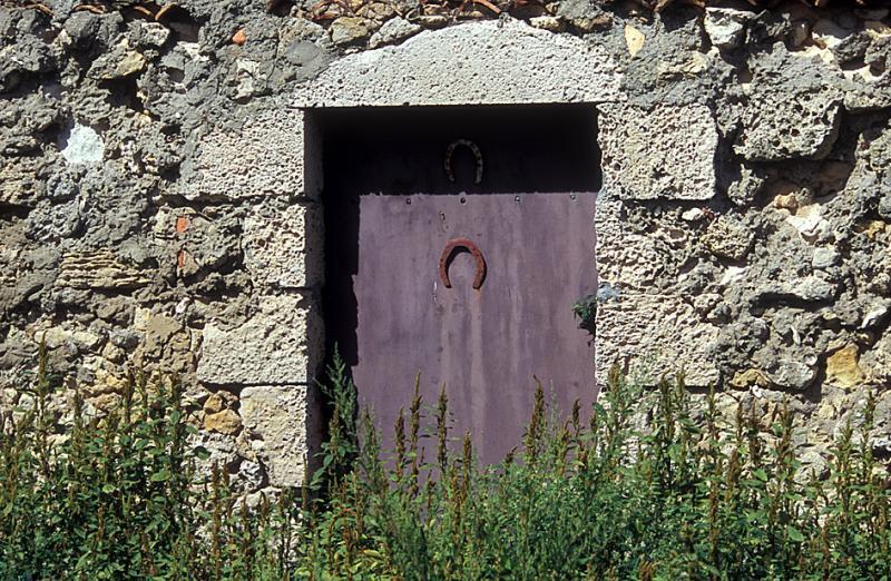 House near Saint Vivien