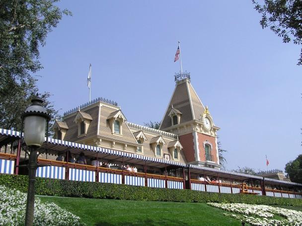Disneyland LA.jpg