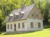 La maison de Dosithée dans la télé-série (2)