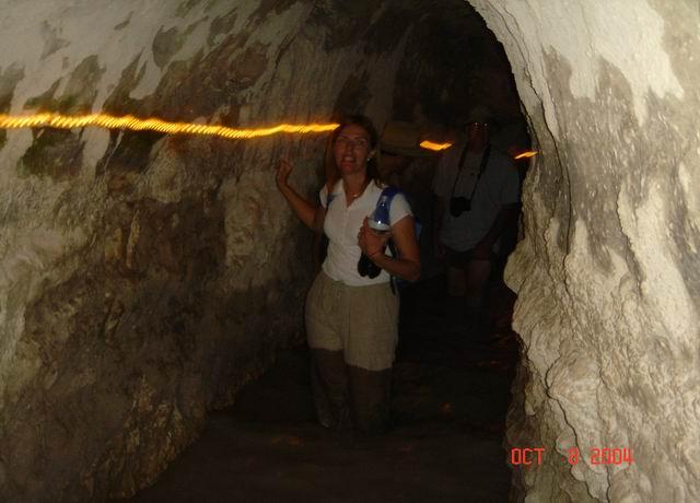roman water tunnel15.JPG