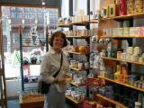 423-Tea Shop