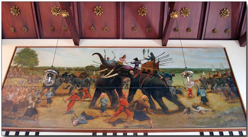 Princes and elephants in battle - Wat Chaimongkhon
