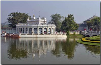 Tevalaj-Kanlai Gate - Bang Pa-In Palace