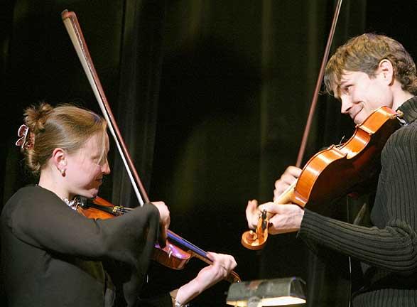 Richard Moody duels with Rosheens Kattialine Painchaud