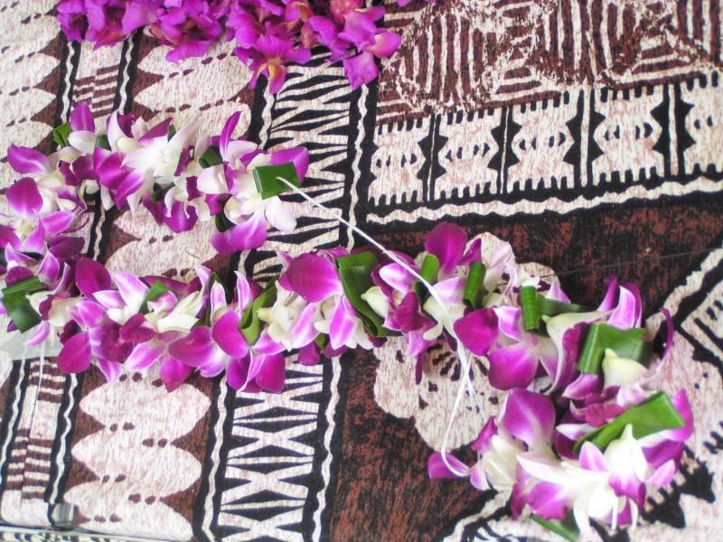 Dendrobium and Tuber Rose Lei