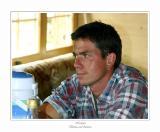 Michel bewirtet uns in der Alphütte mit feinem Kaffee...