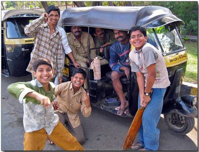 Young cricket team and supporters, Bombay
