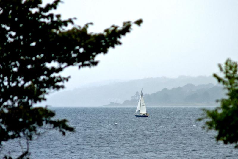 Sailing boat & rain