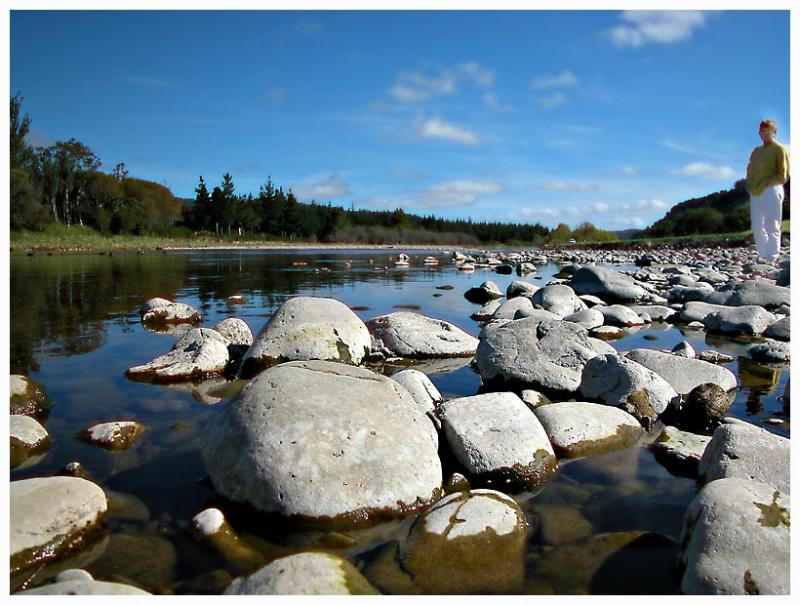 14 March 04 - Down by the Hutt River