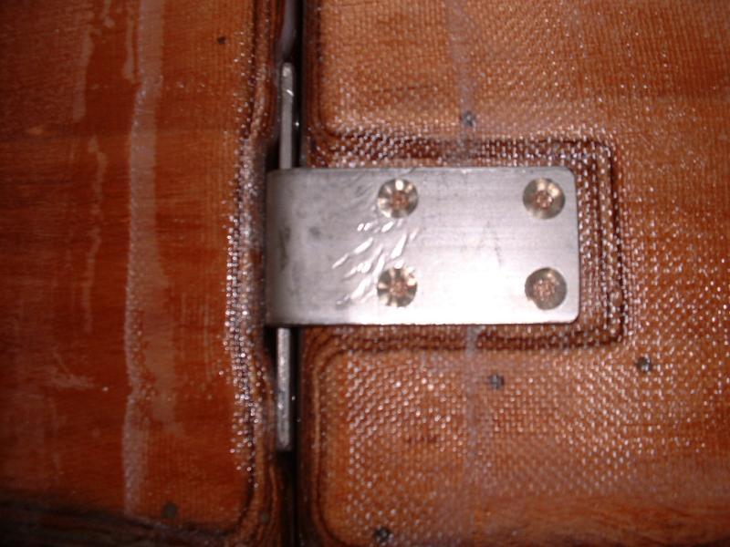 Bottom Connectors