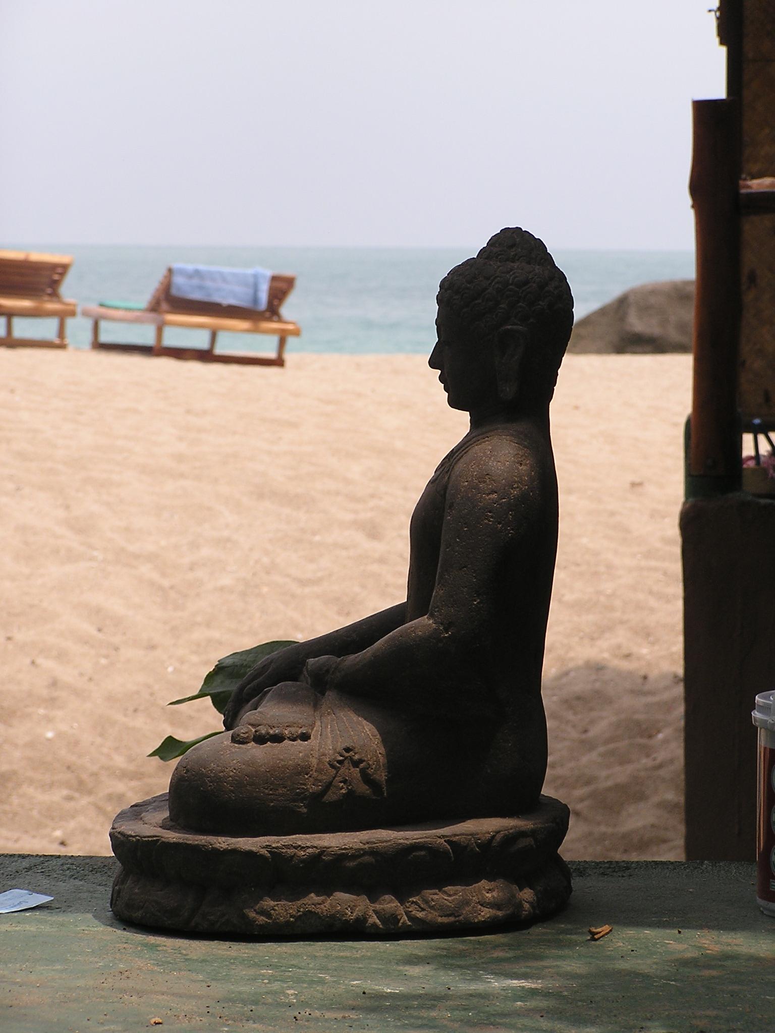 The ever present Buddhas