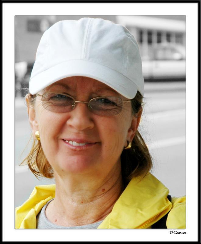 ds20041002_0008bwF Darlene.jpg