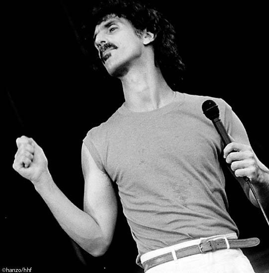 Frank Zappa (fa0301-64)