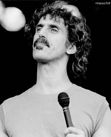 Frank Zappa (fa0302-14)