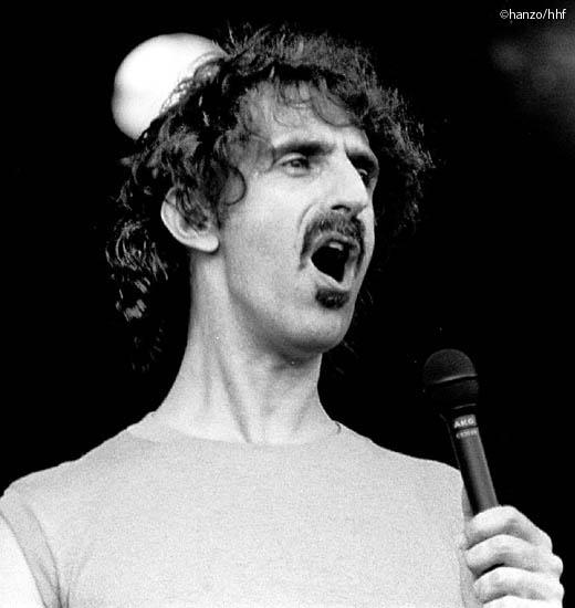 Frank Zappa (fa0302-15.jpg)