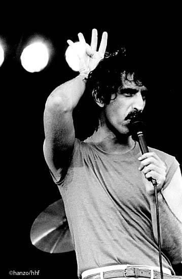 Zappa hand signals (fa0302-33)