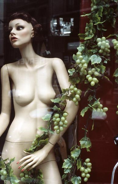France; Paris 1984