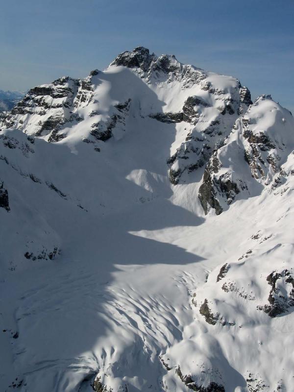 Kyes N Face & Pride Glacier (Kyes2-030505-02adj.jpg)
