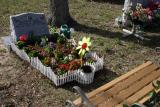 Alyson tombstone 050.jpg