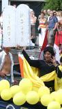 Gay Pride Amsterdam030802-061b.jpg