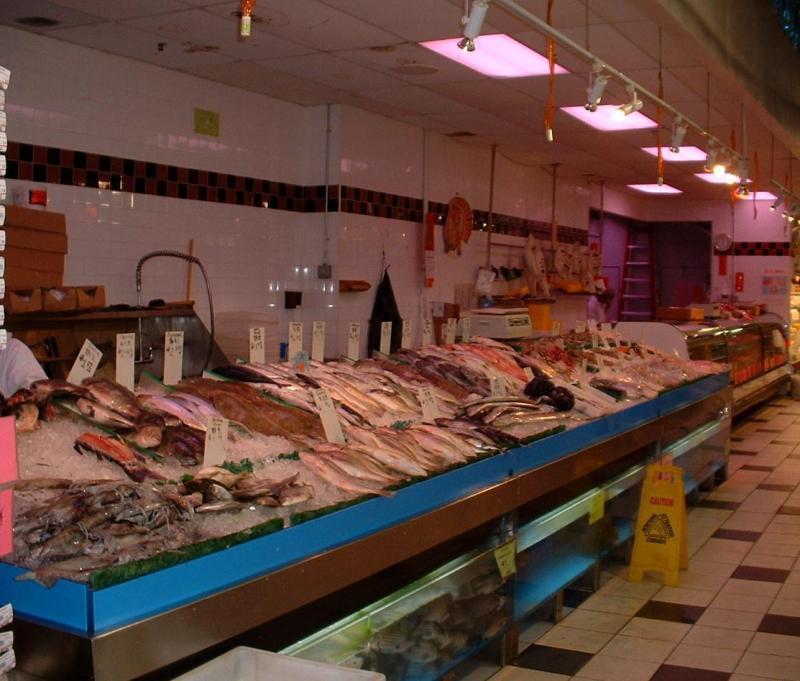 Kam Lan Seafood Department