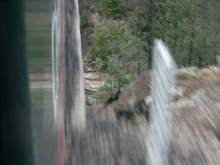 2350 Crossing small side canyon.jpg