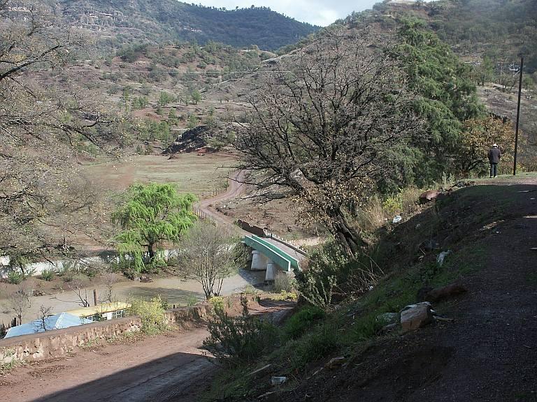 2384 The road from San Rafael enters Bahuichivo.jpg