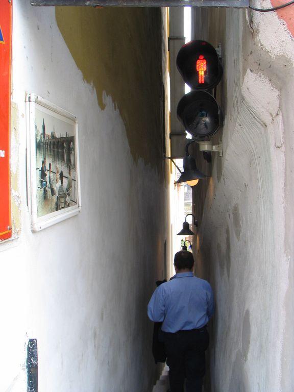 Pedestrian one-way