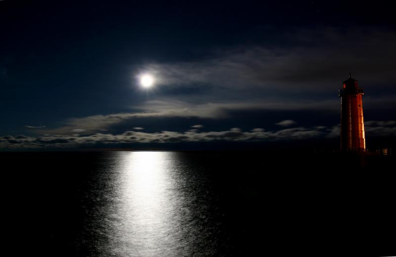 lighthouse moonrise