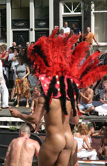 Gay Pride Amsterdam<br>030802-011b.jpg