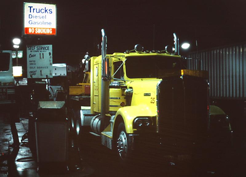 On the road<br>1982/11/28<br>kbd0554