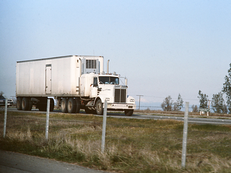 On the road<br>1982/12/02<br>kbd0567