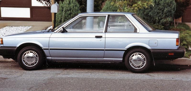 1987 Nissan Sentra.jpg